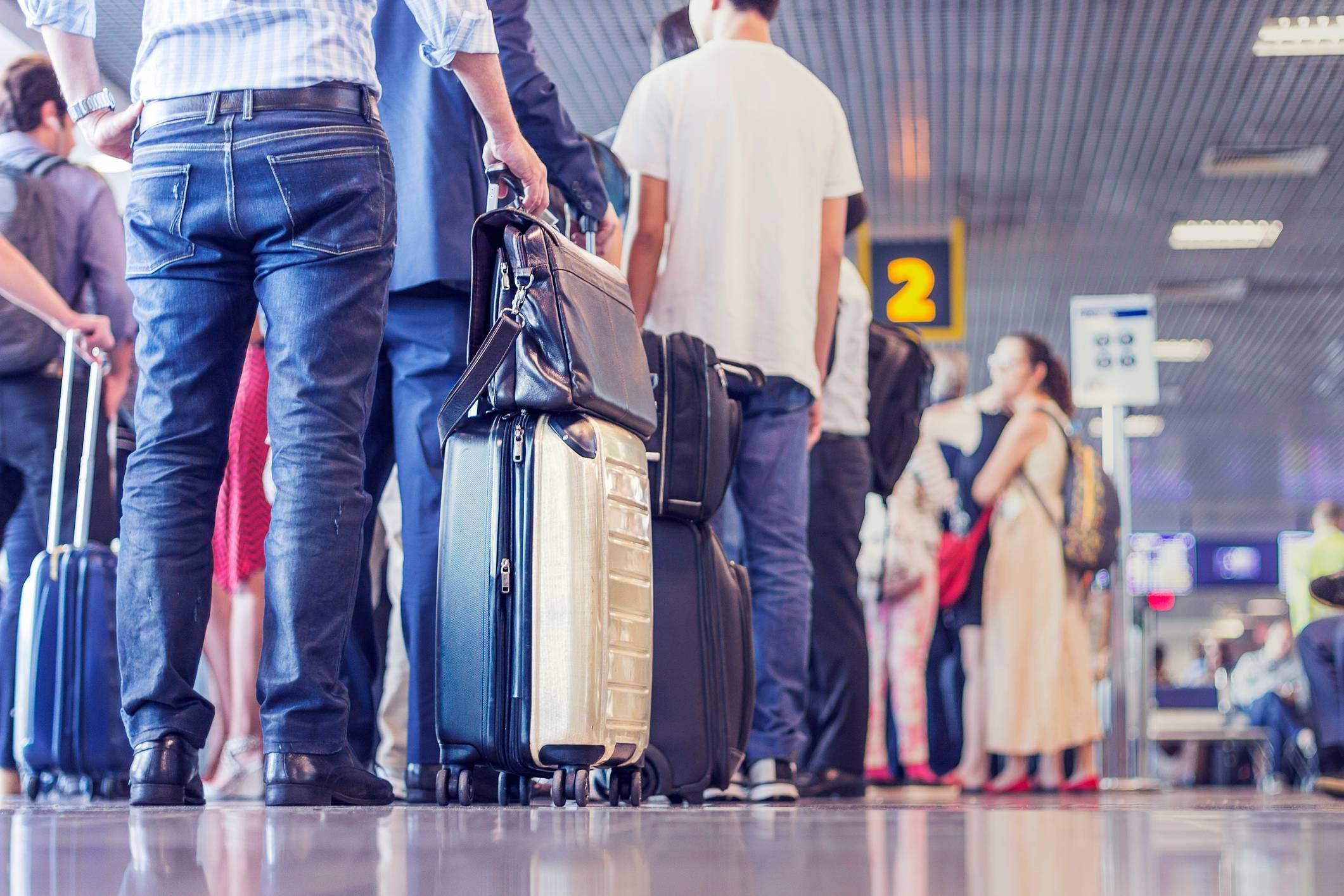 Airport passport queues